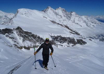 Saas Fee Runde mit Ski - Aufstieg Allalinhorn