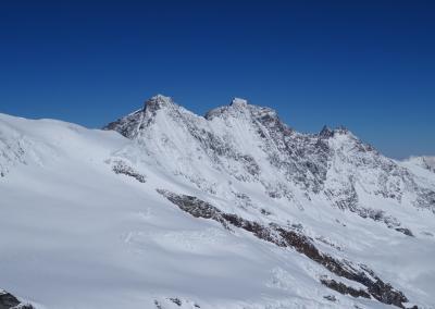 Saas Fee Runde mit Ski - Täschhorn & Dom