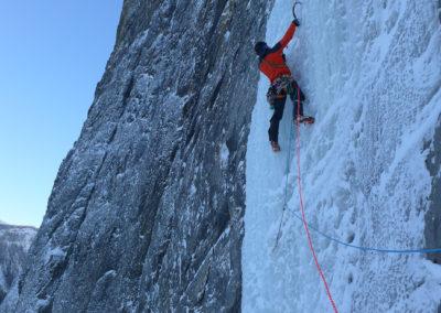 Philipp Schädler Berg- und Skiführer Moutainguide Eisklettern