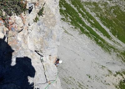 Schneck Ostwand mit Bergführer
